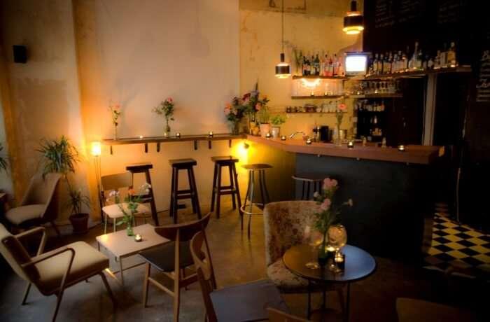 Bars and Cafés