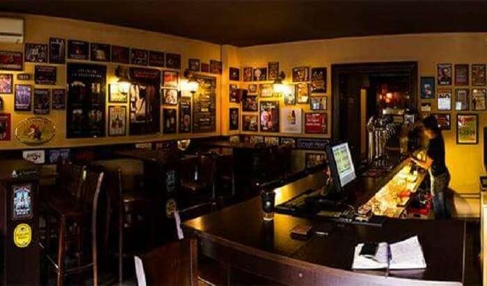Happy Pub