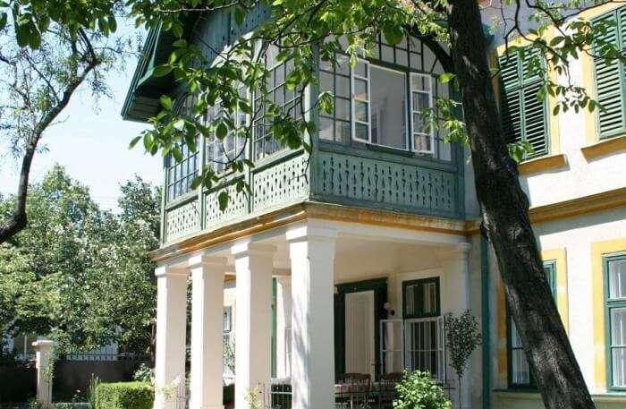 Hip Homes Hungary