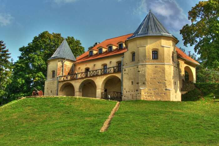 Norviliskes Castle