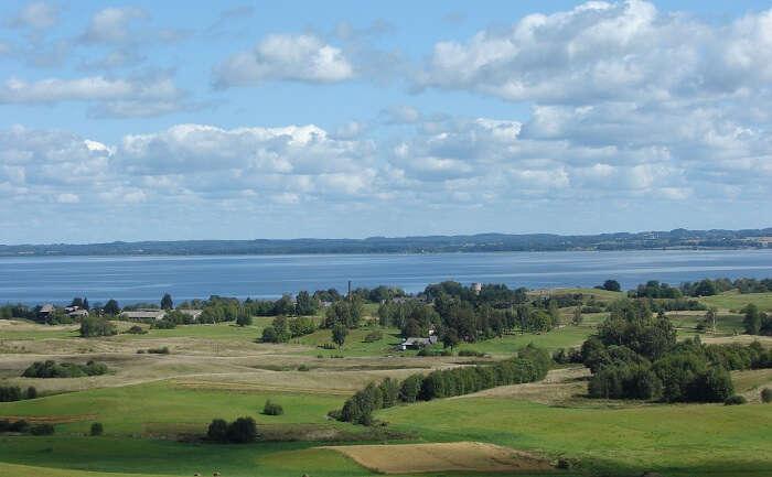 Razna Lake
