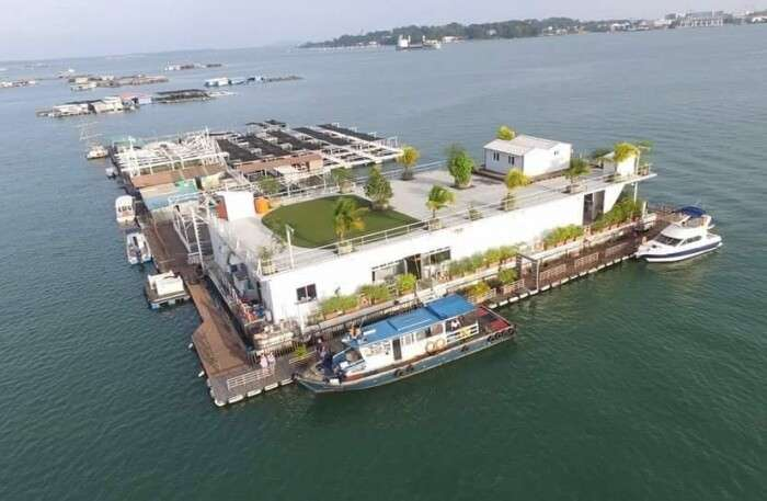 Smith Marine Floating kelong Restaurant