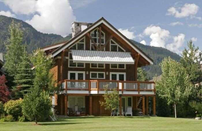 Whistler Saddle House