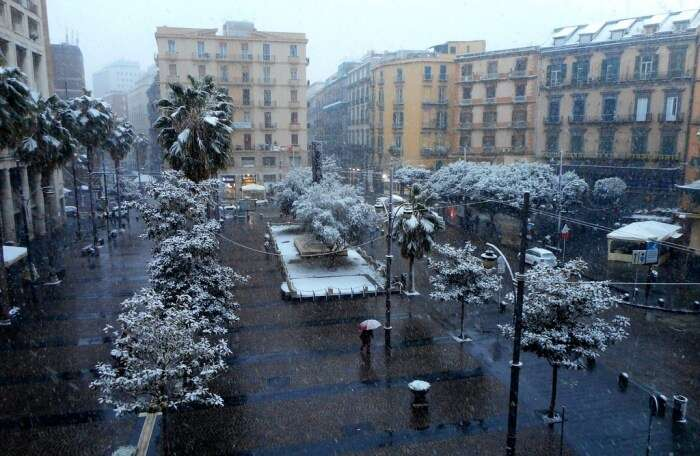 Why Visit Naples In Winter