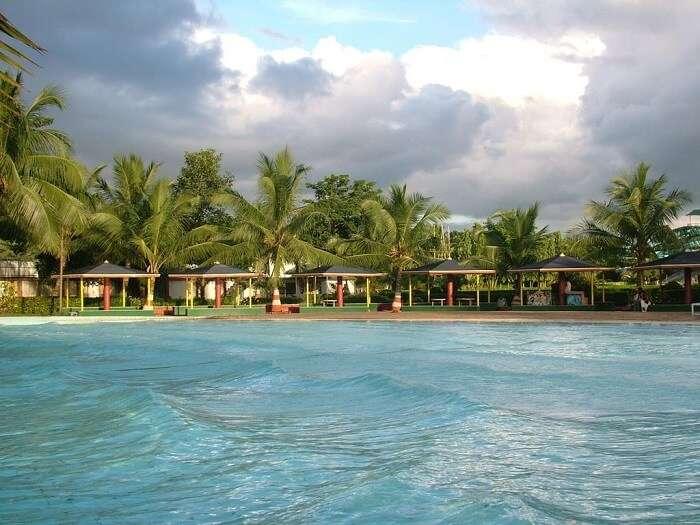 aquatica theme park resort kolkata