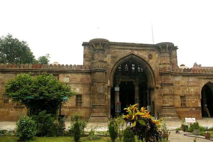Mosque entry gate