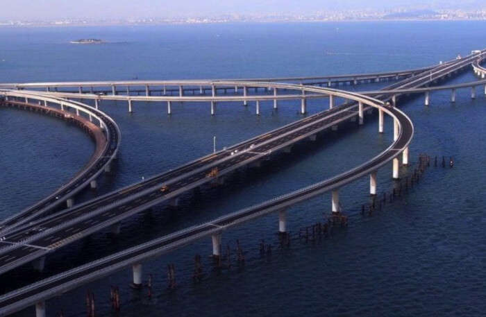 About The Danyang-Kunshan Grand Bridge