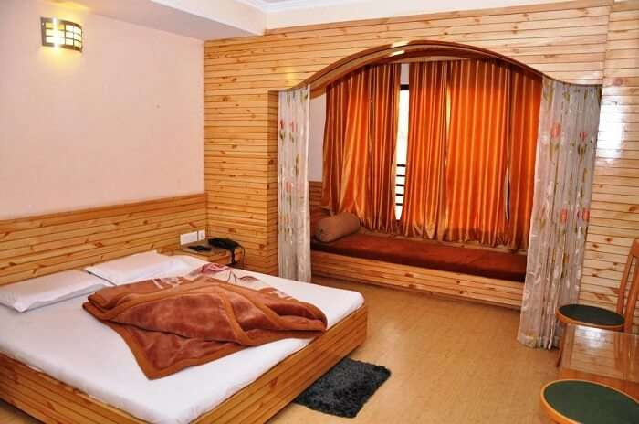 Shimla Holiday inn rooms