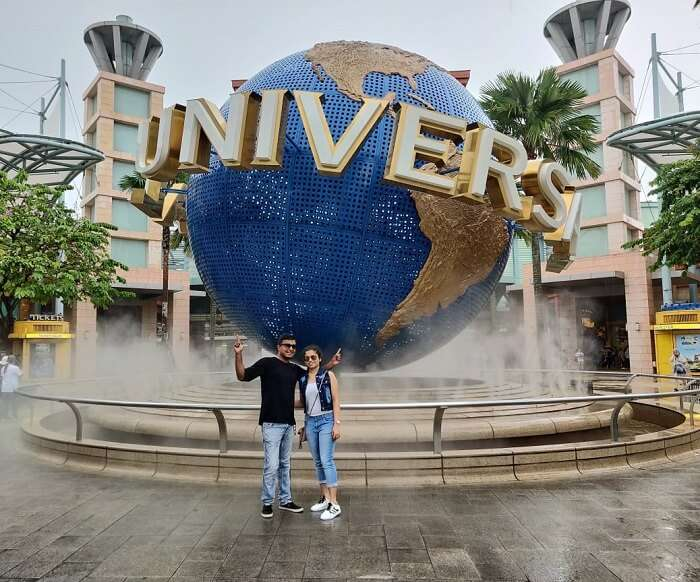 celebrating birthday at Universal Studio