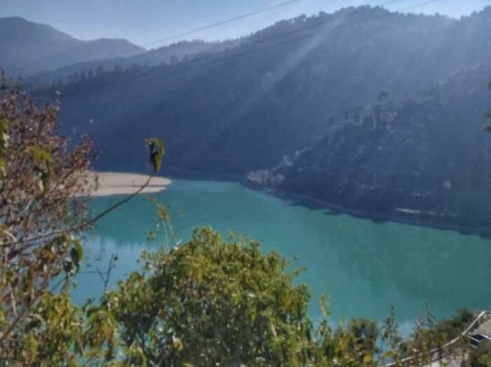 the emerald green waters of Pandoh Dam