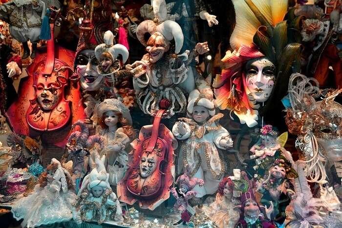 Masquerade Pub Crawl
