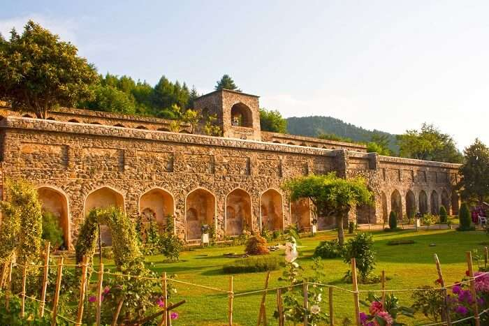 Visit Pari Mahal in Srinagar