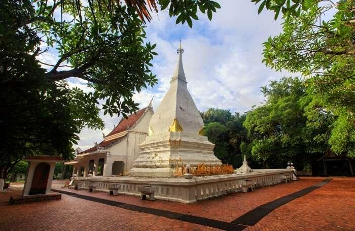 Phra That Si Songrak