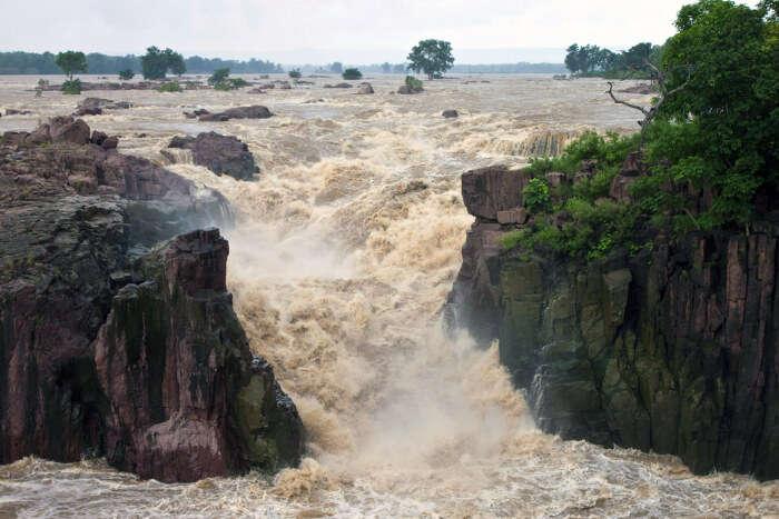 Raneh Fall in Madhya Pradesh