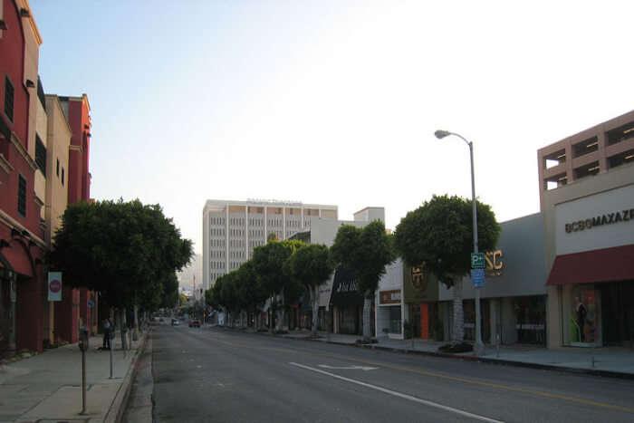 Robertson Blvd