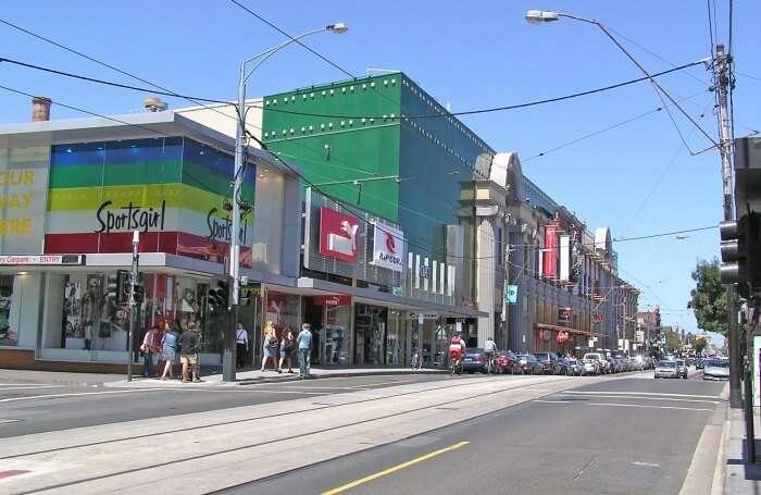 Shopping-At-Holloways-Beach