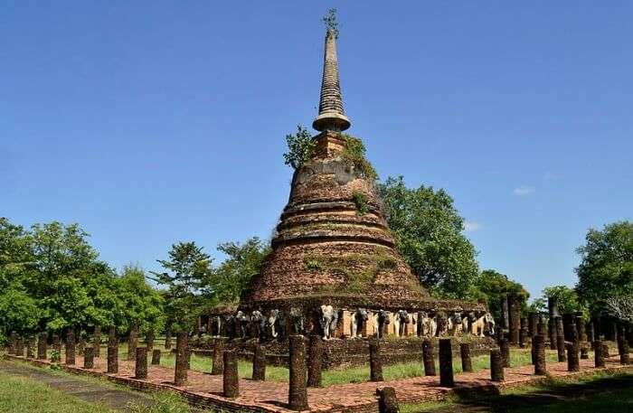 Wat Phai Lom In Chanthaburi