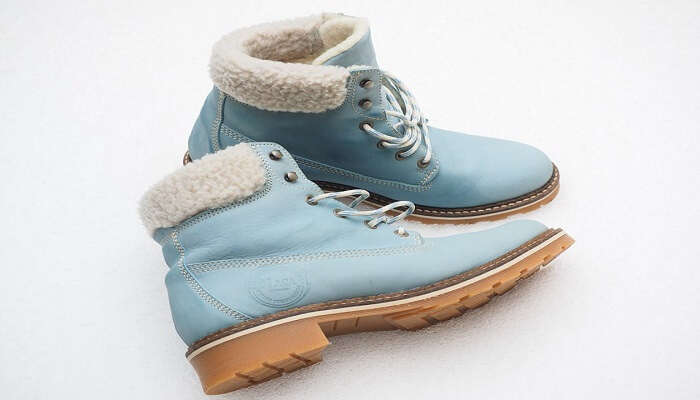 blue coloured leather boots
