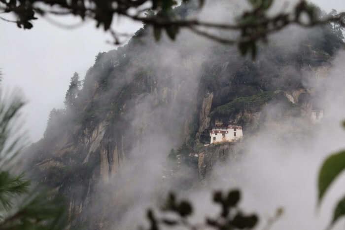 About Taktsang Palphug Buddhist Monastery