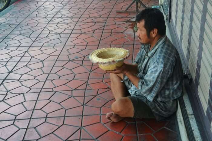 Avoid Feeding Or Giving Money To The Beggars