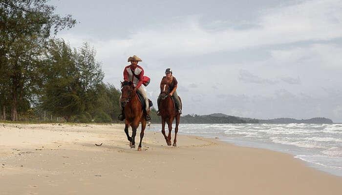 Liberia horse riding
