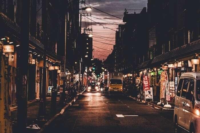 Maenam Walking Street