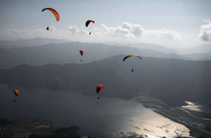 Paragliding in Sky