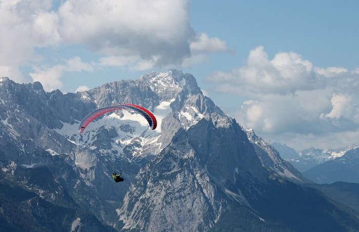 Paragliding Fly Paraglider Alpine Zugspitze