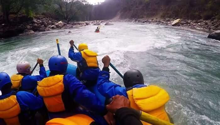 rafting in tons river