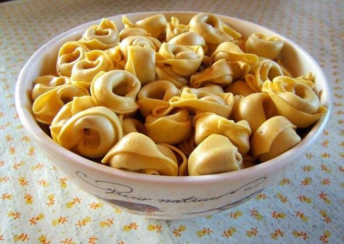 stuffed round pasta