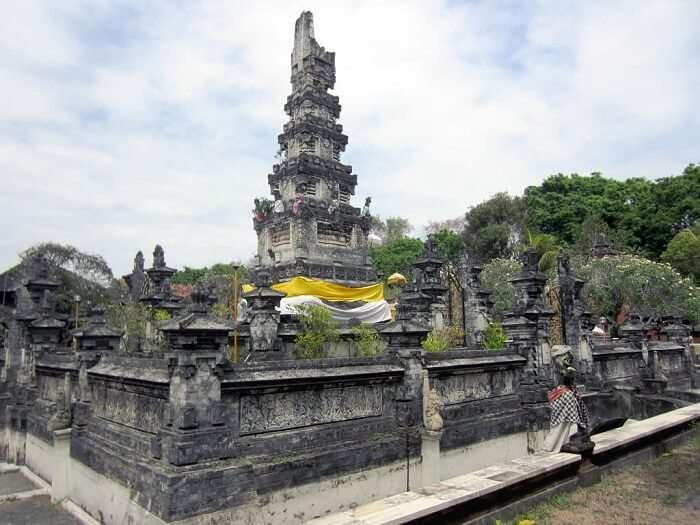 famous temple in denpasar