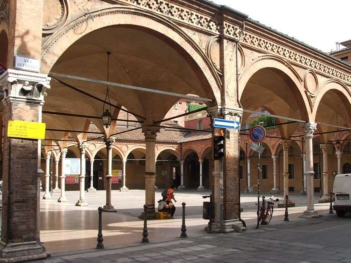 walkways in bologna