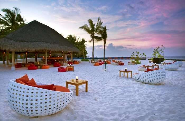 About Kuramathi Island Resort