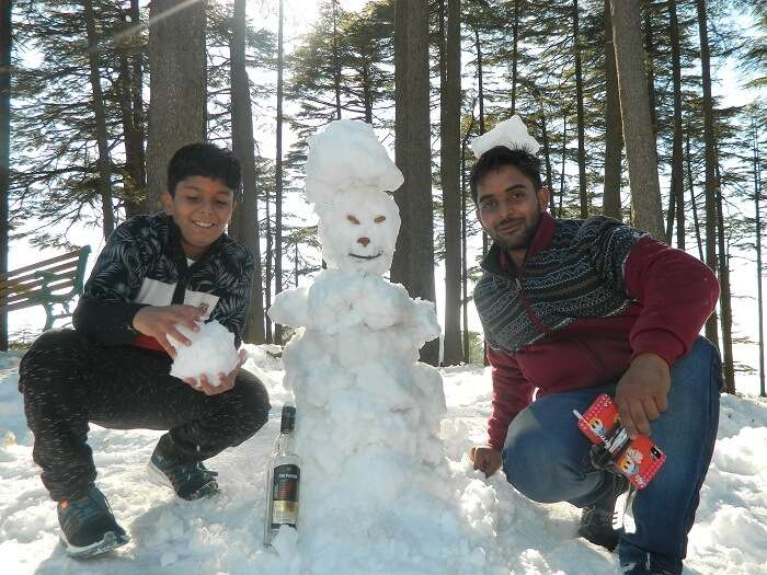 Snowman making competion at Patnitop