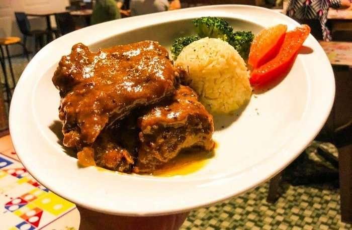 delicious pork ribs in lee tai fu