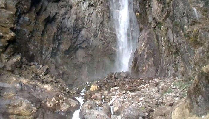Pachal Waterfall