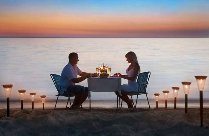 Romantic Sandbank Dinner