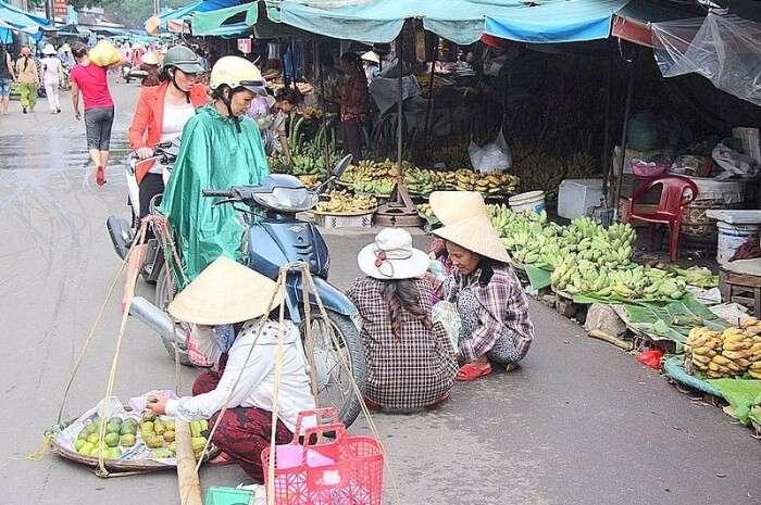 Tay Loc Market