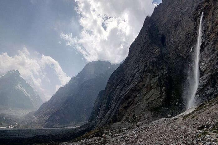 Vasudhara Falls