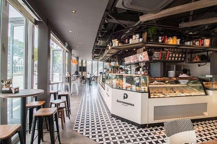 italian restaurant near artscience museum
