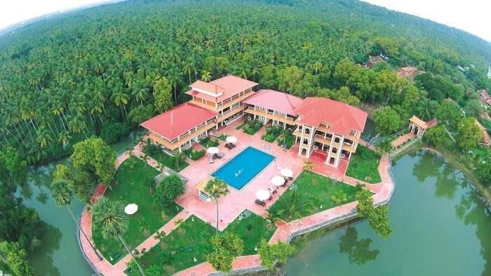 aerial view isola de cocoa