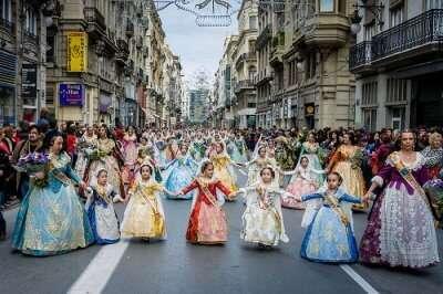 parade of fallas