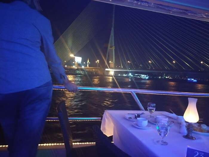 enjoying the night while having dinner