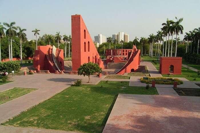 Visit Jantar Mantar