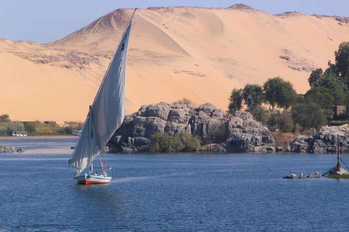 Aswan Desert Nile Ship Egypt Elephantine Sand