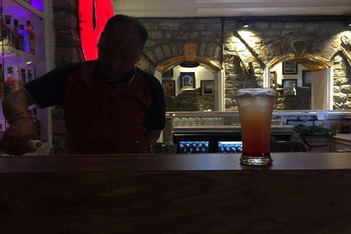 Glenary's Restaurant & Bar