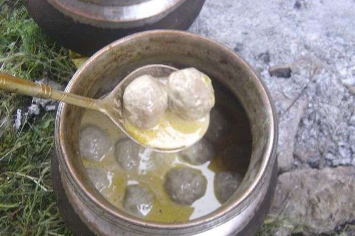 Nonvegetarian dishes in Kashmir food