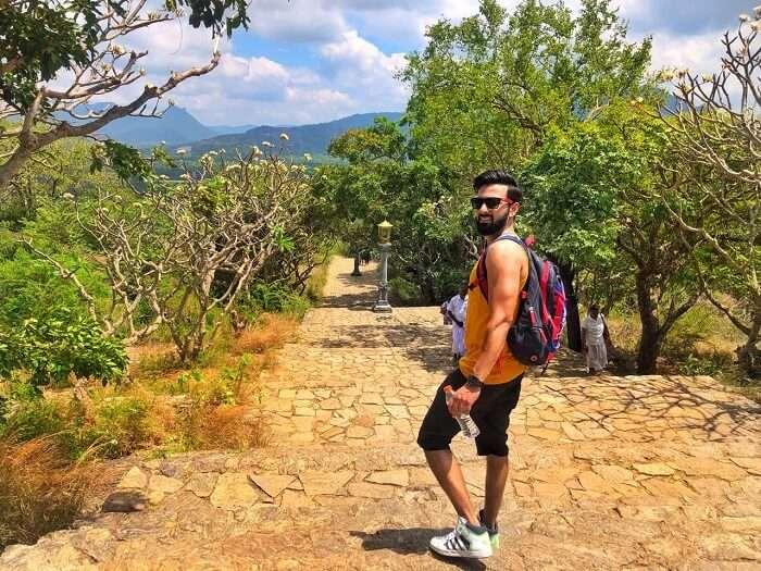 hiking to the top of sigiriya rock