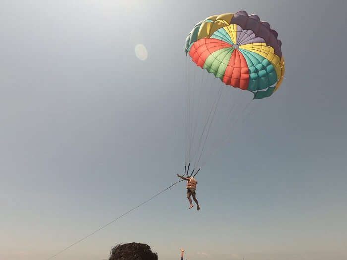 doing paragliding