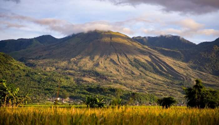 mount guntur in Java